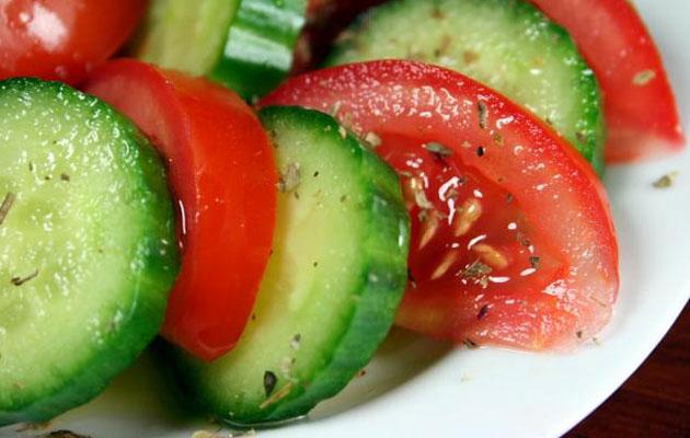 خیار-و-گوجه-فرنگی