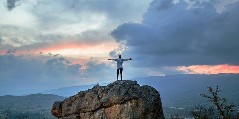 ۷-عادت-انسانهای-موفق-را-بشناسید