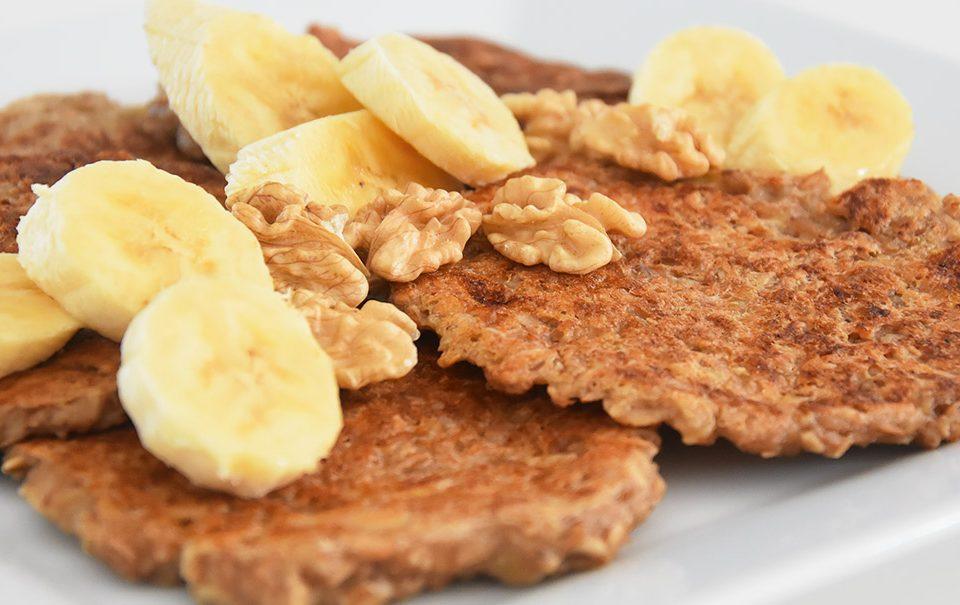 oat-banana-pancakes