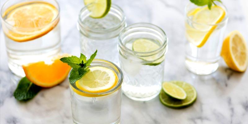 آیا-واقعا-نوشیدن-آب-در-کاهش-وزن-مؤثر-است؟