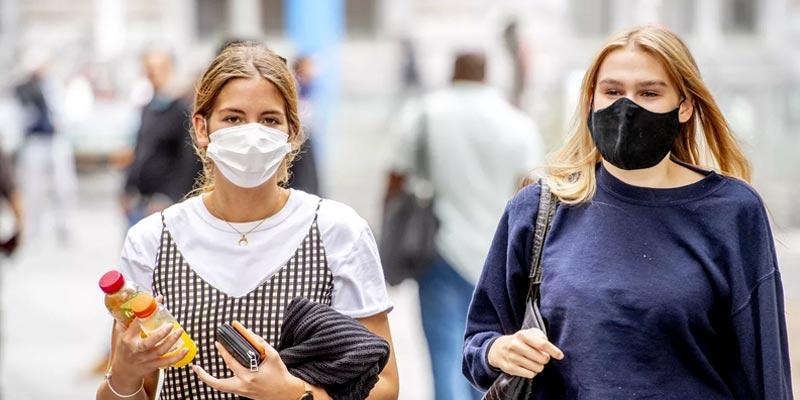 استفاده-از-ماسک-میتواند-میزان-ابتلا-به-بیماری-COVID-19-را-کاهش-دهد