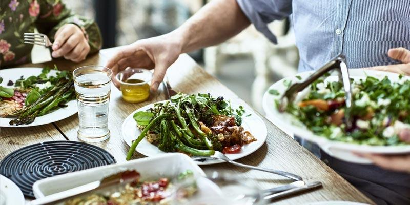 غذاهای-متراکم-کالری-چگونه-به-کاهش-وزن-کمک-میکنند